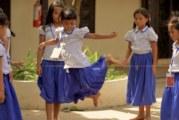 Sur TV5 – Les pépites, du dépotoir aux bancs d'école