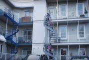 DOUBLE PEINE, un documentaire de Léa Pool et produit par Denise Robert et Alfi Sinniger