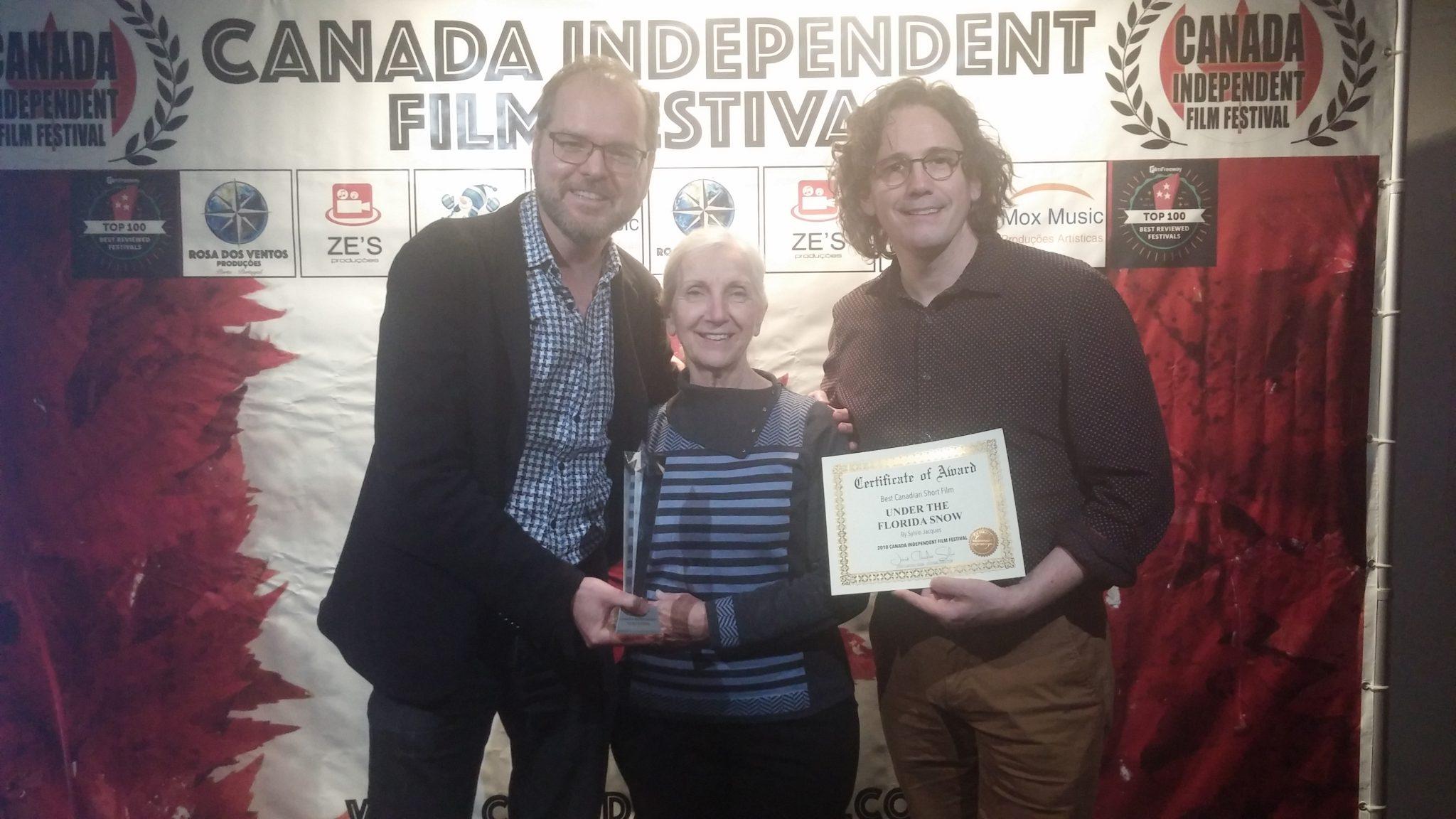 « Sous la neige de la Floride » remporte le prix du meilleur court métrage canadien au Canada Independent Film Festival.