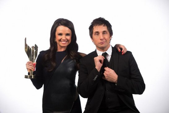 Jonny Harris et Emma Hunter animeront le Gala des prix Écrans Canadiens 2018