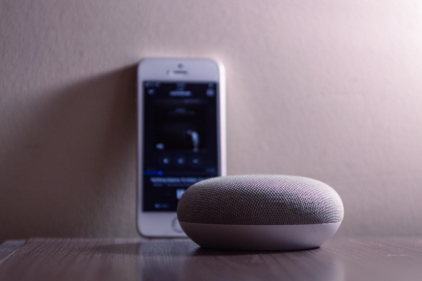 Google, Apple et Amazon s'allient pour améliorer le fonctionnement des enceintes connectées